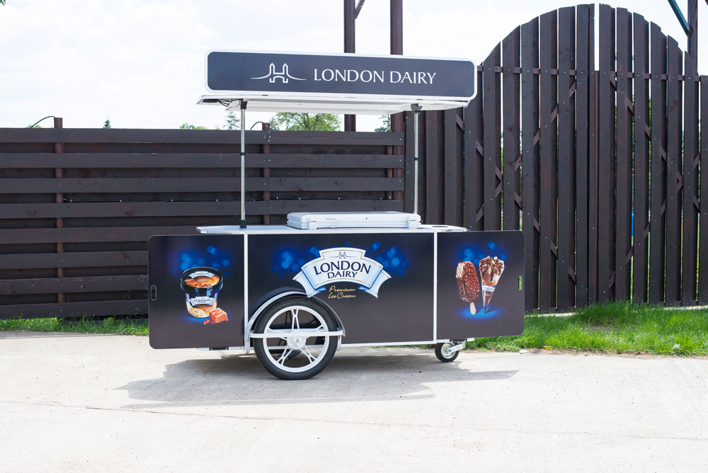 London Dairy ice cream cart by Bizz On Wheels