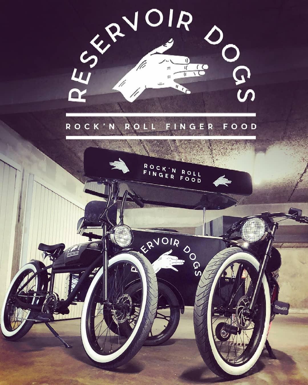 BizzOnWheels hot dog cart for Reservoir Dogs