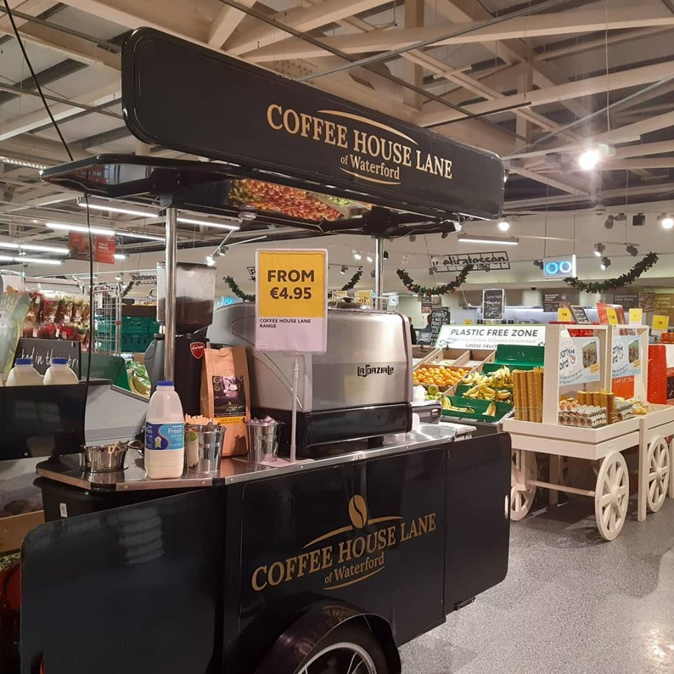 Coffee cart manufactured by Bizz On Wheels