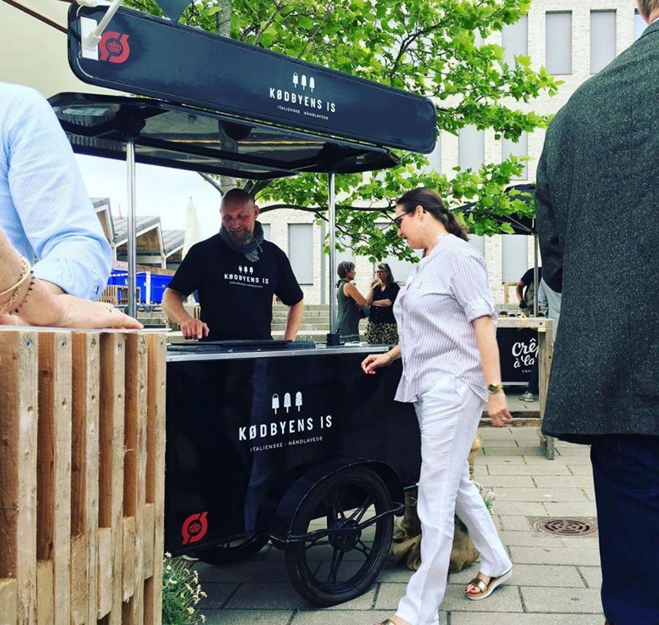 Ice cream cart by Bizz On Wheels for Kodbyens Is