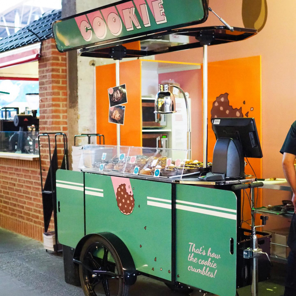 Pastry vendor cart manufactured by Bizz On Wheels