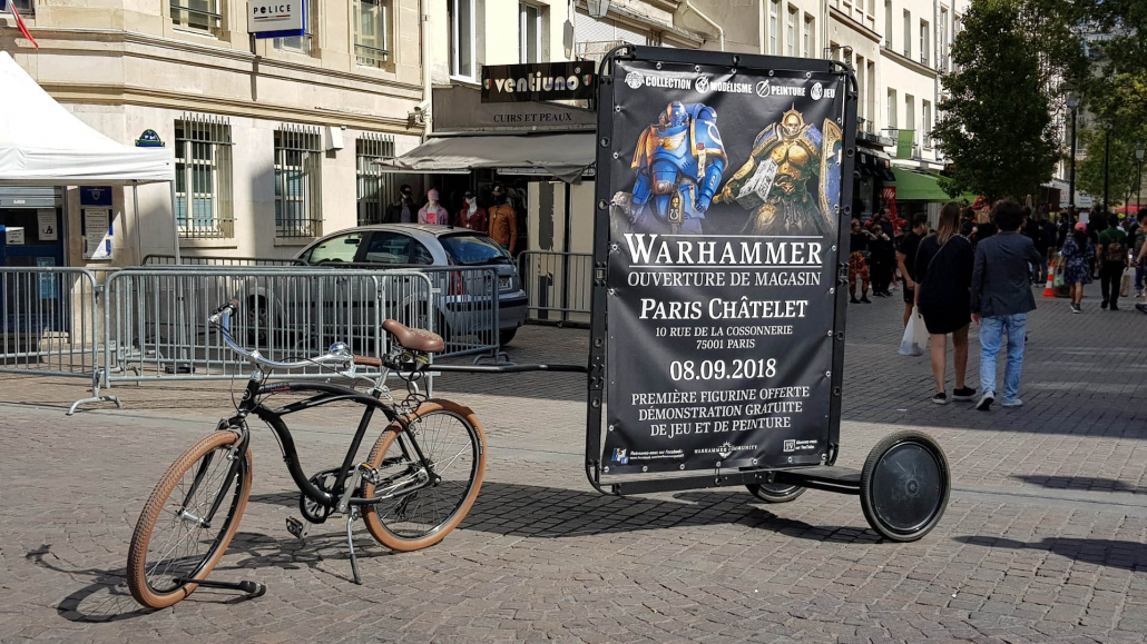 Advertising bike with AdBicy mobile billboards by Bizz On Wheels