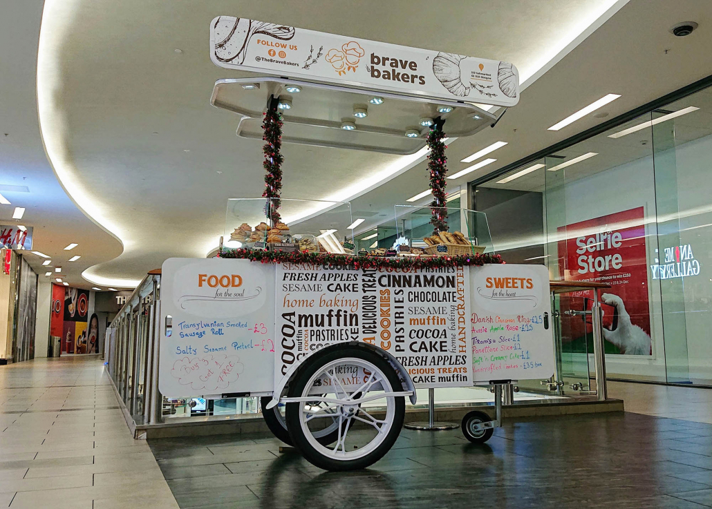 Pastry cart for Brave Bakers by Bizz On Wheels