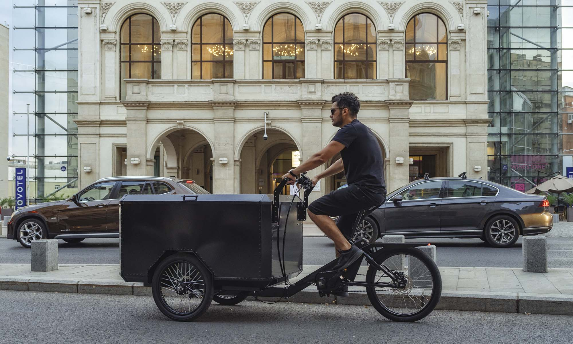 Best electric cargo bike manufactured in EU by BizzOnWheels