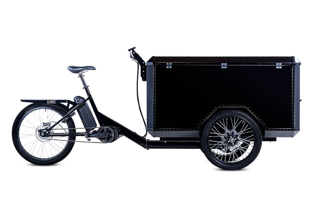 Electric cargo bike with three wheels by Bizz On Wheels